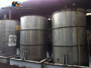 3 tanques de acero inoxidable